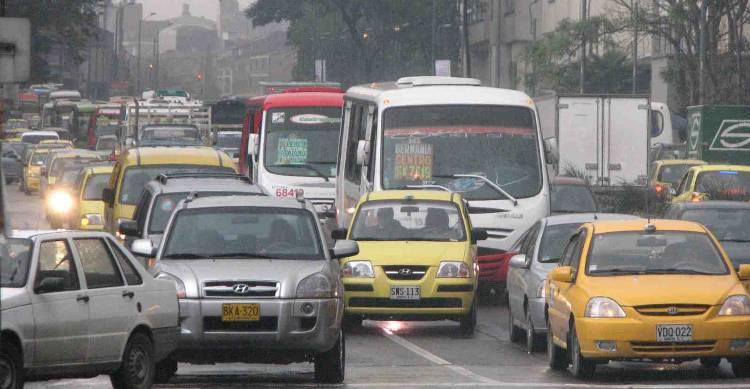 Photo of Bogota traffic, Mikes Bogota Blog